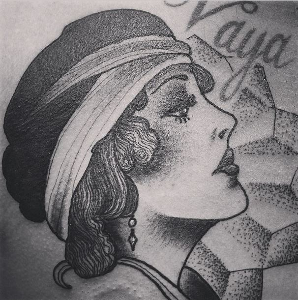 gerry pointillism girl head tattoo