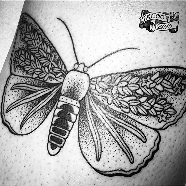 We are open 12-5 today!!! (tattoo by @tamitattoos). Call 250-361-1952 to book.