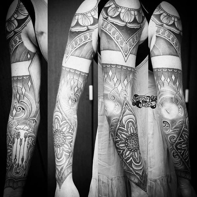 Look at this gorgeous arm... (tattoo by @gerrykramer). Visit 826 Fort Street to book. Walk-ins welcome!! #weLOVEtattooingyou