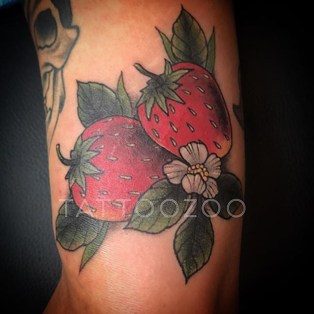 It's berry season!!!  (tattoo by @gerrykramer)