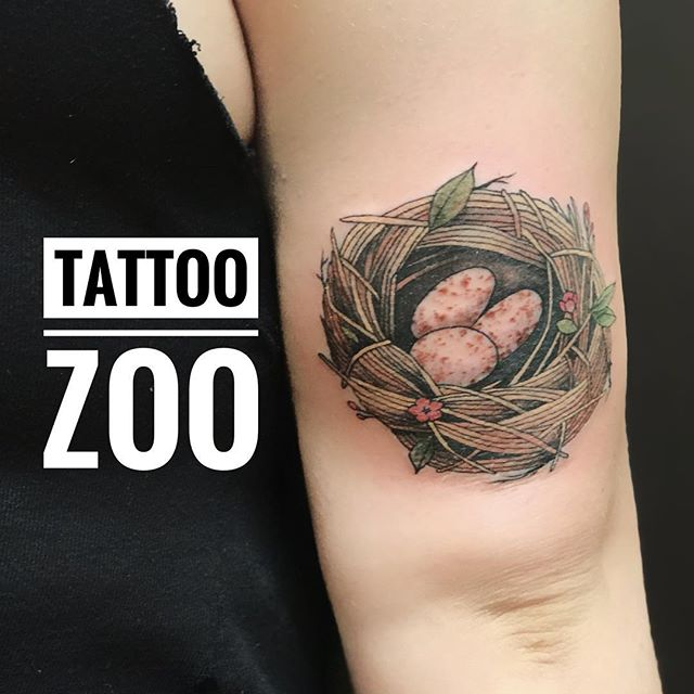 We open at 11!! @marymadsentattoos has time for walk-ins this morning so come visit us at 826 Fort Street!! #weLOVEtattooingyou