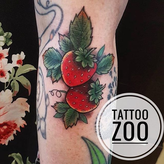 No time for walk-ins today but don't be sad because WALK-IN WEDNESDAY is right around the corner!! This week @interstellarwhispers will be doing walk-ins all day! Make sure you line up early (we open at 11am) to grab a spot! #weLVEtattooingyou