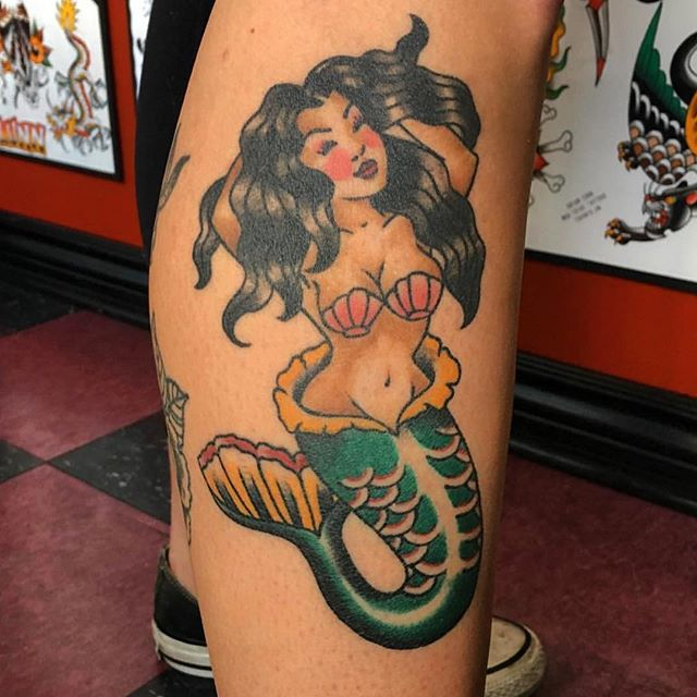 Yahooooo @angiedifrantattoos has free time today for a few walk-in tattoos. Call 250-361-1952 to book time!! 🧜‍♀️