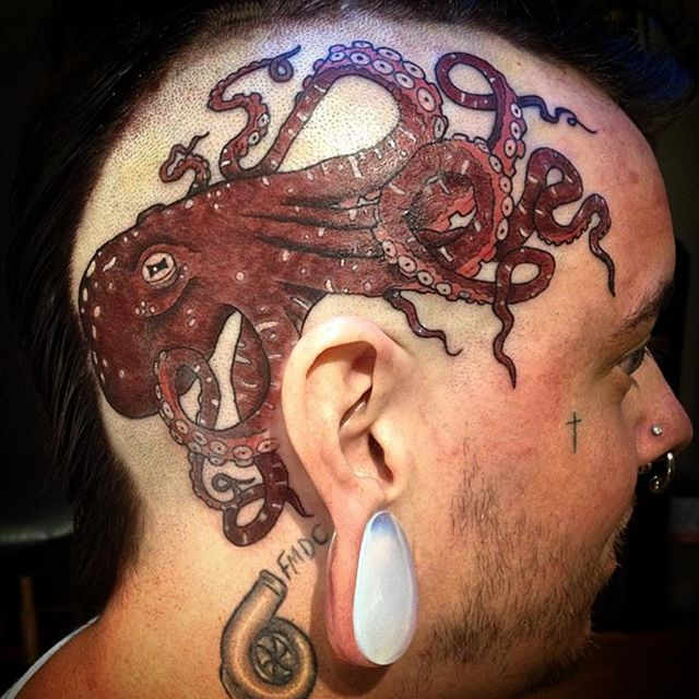 Octopuses are the new black!!! We seem to be tattooing a lot of them... Is this the start of the octopus world domination take-over? Should we be hoarding water and restocking the bomb shelter? Maybe I'm just overreacting... (tattoo by @tamitattoos). Call 250-361-1952 to book.