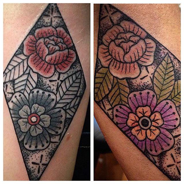 Awwwwww. How sweet. MatchyMatch friend tattoos by @tamitattoos 👭 Call 250-361-1952 to book.