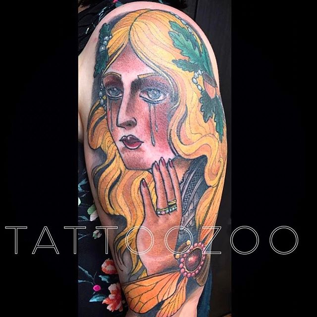 We are OPEN! Here til 6pm. We don't have time for walk-ins today but we have time coming up in the week for appointments. Visit us at 826 Fort St or call 250-361-1952 to book some time. (tattoo by @gerrykramer)