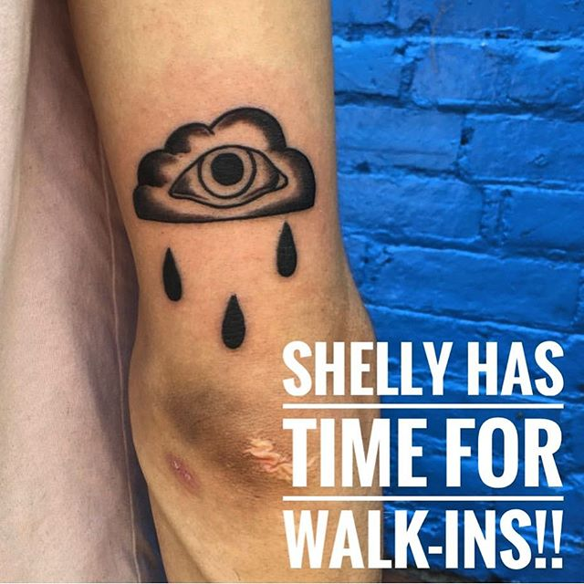 Heyyyyyy!! @shellyipkiss has time for some walk-ins today!! We are here til 6pm!!