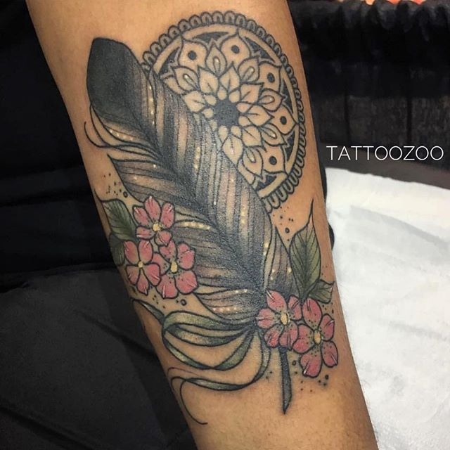 Miss @tamitattoos makes pretty tattoos just for you! Call 250-361-1952 to book time.