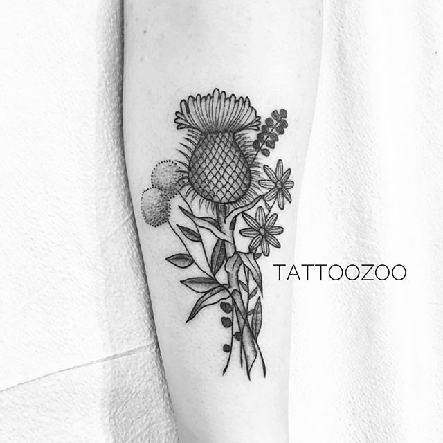 Tattoo by @angiedifrantattoos Call 250-361-1952 to book a FREE consultation!! 🖤