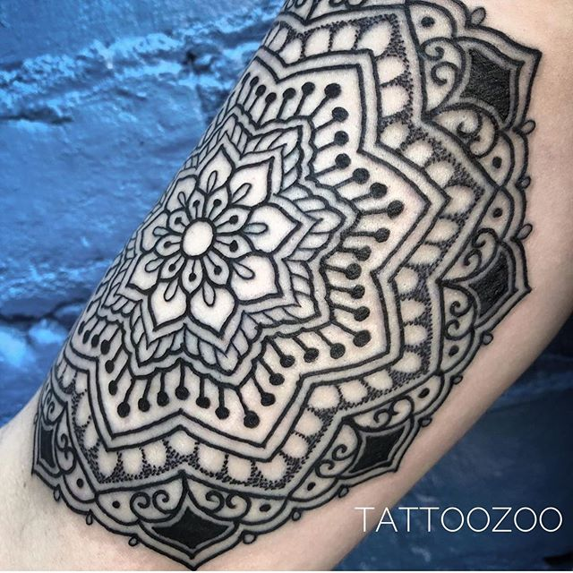 @tamitattoos IS KILLING THE GAME!! Call 250-361-1952 to book a FREE consultation and get some dots from the of dots..:.:.:.::!!!::.:.:.:..